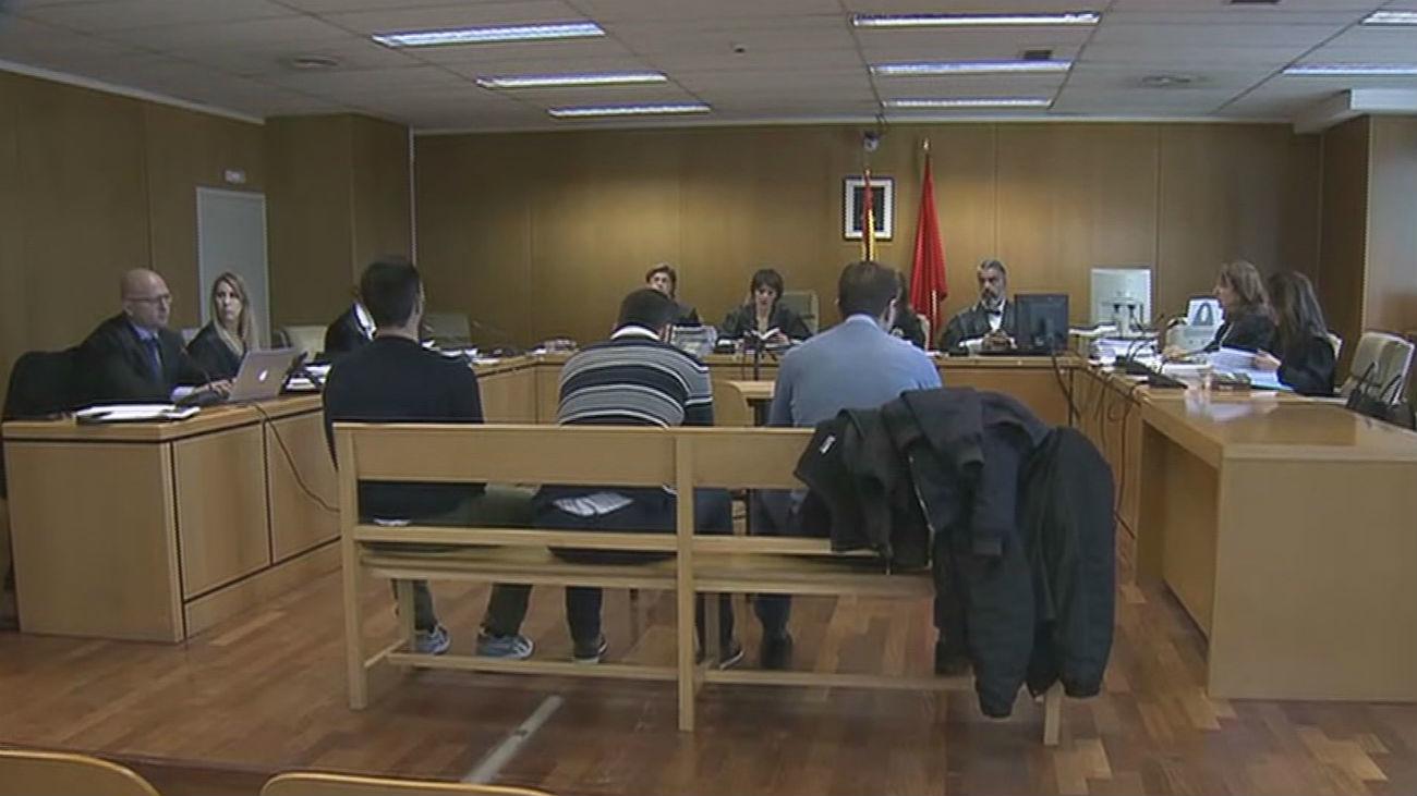 La Audiencia de Madrid estudia el ingreso en prisión de 'la manada' de Collado