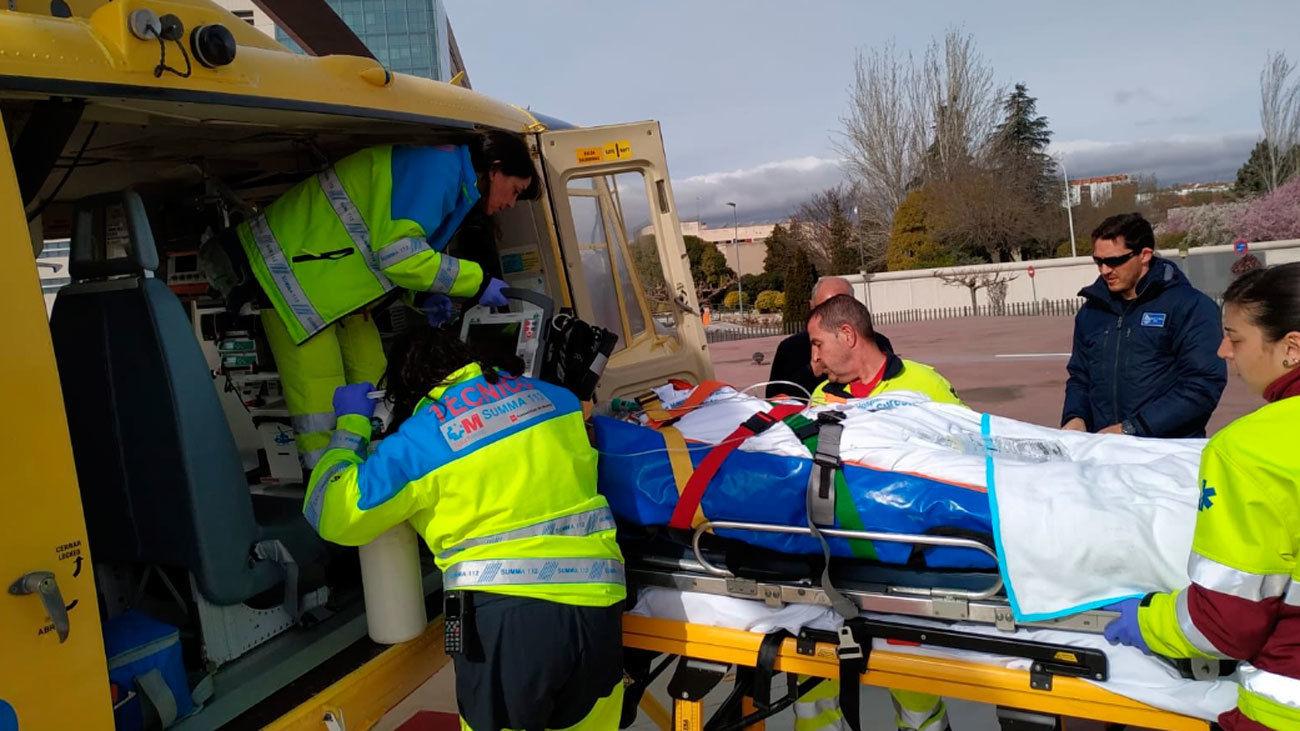 Herido grave un trabajador al  caerse del techo de una nave en Campo Real