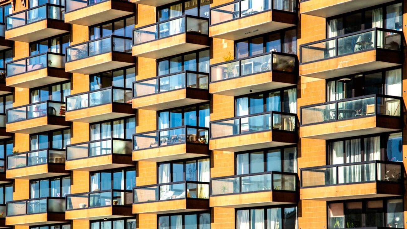 El Ayuntamiento de Madrid presenta su decálogo para garantizar el derecho a la vivienda