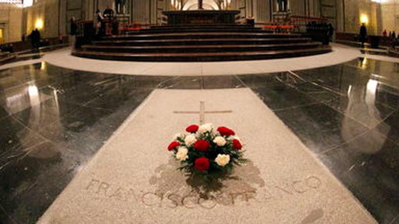 Tumba de Francisco Franco en la basílica del Valle de los Caídos