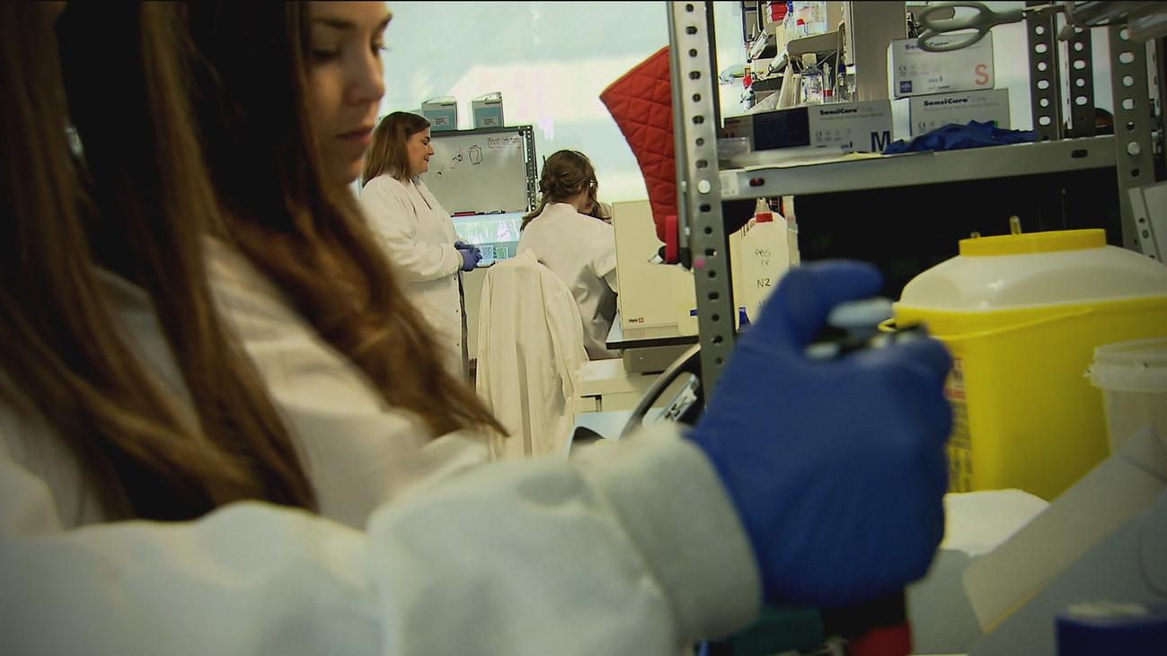 Seis de cada diez biomédicos de laboratorio son mujeres