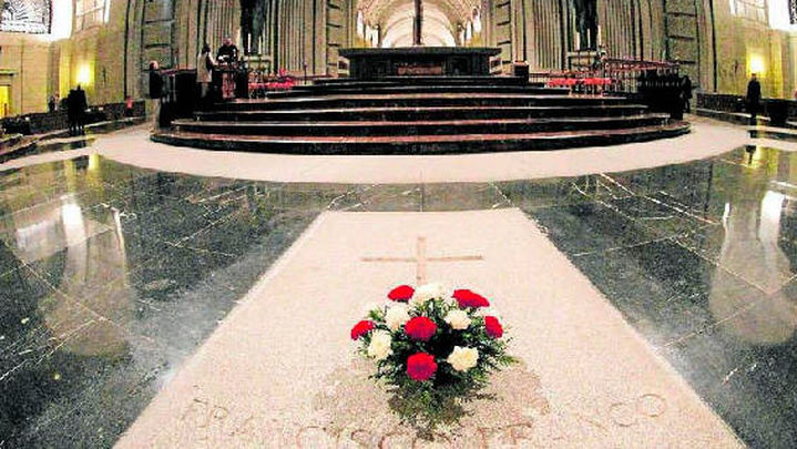 La familia Franco anuncia que recurrirá ante el Supremo y pedirá la suspensión de la exhumación
