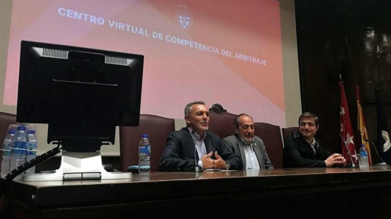 La Federación lanza una aplicación para formar árbitros online