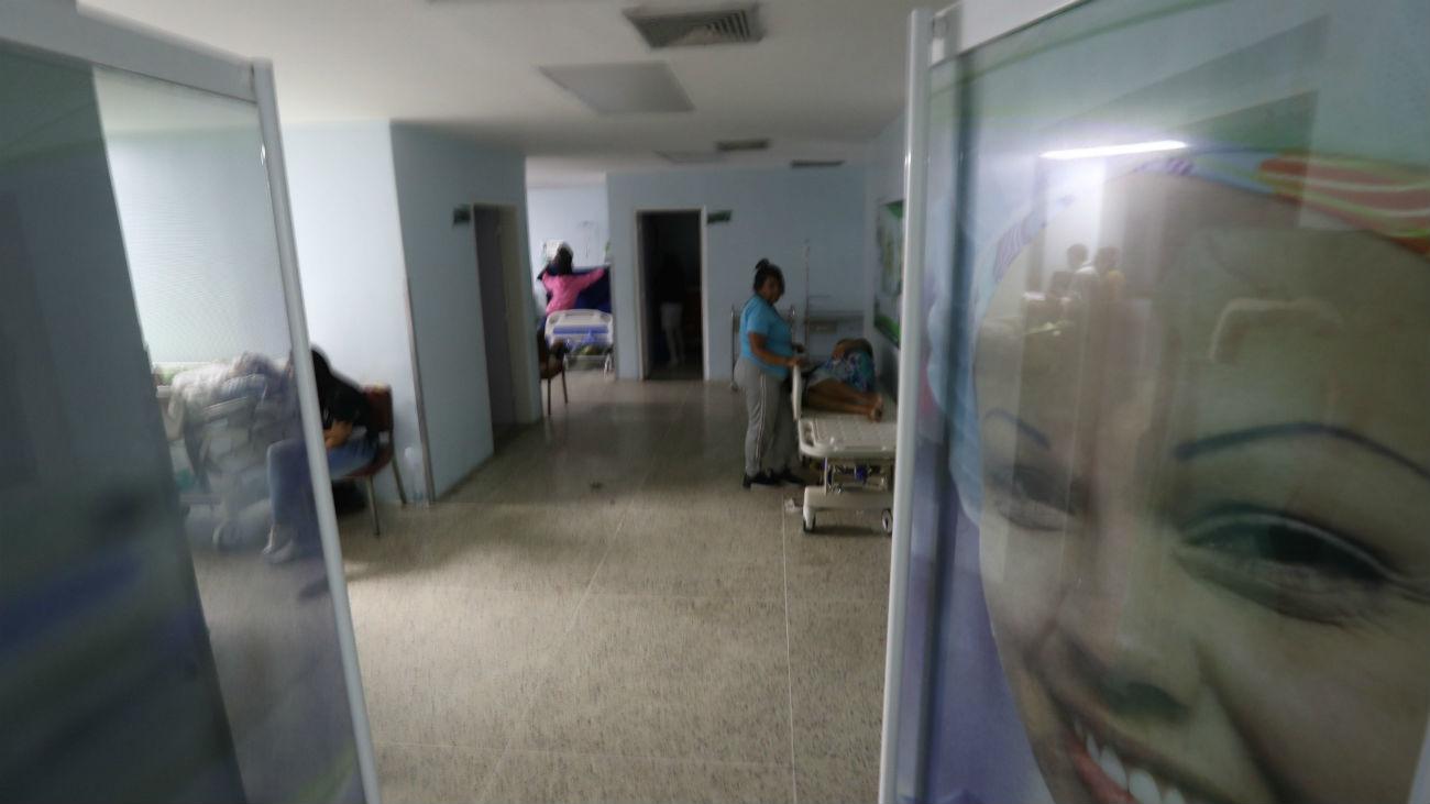 La atención médica, lo más afectado por el apagón de Venezuela