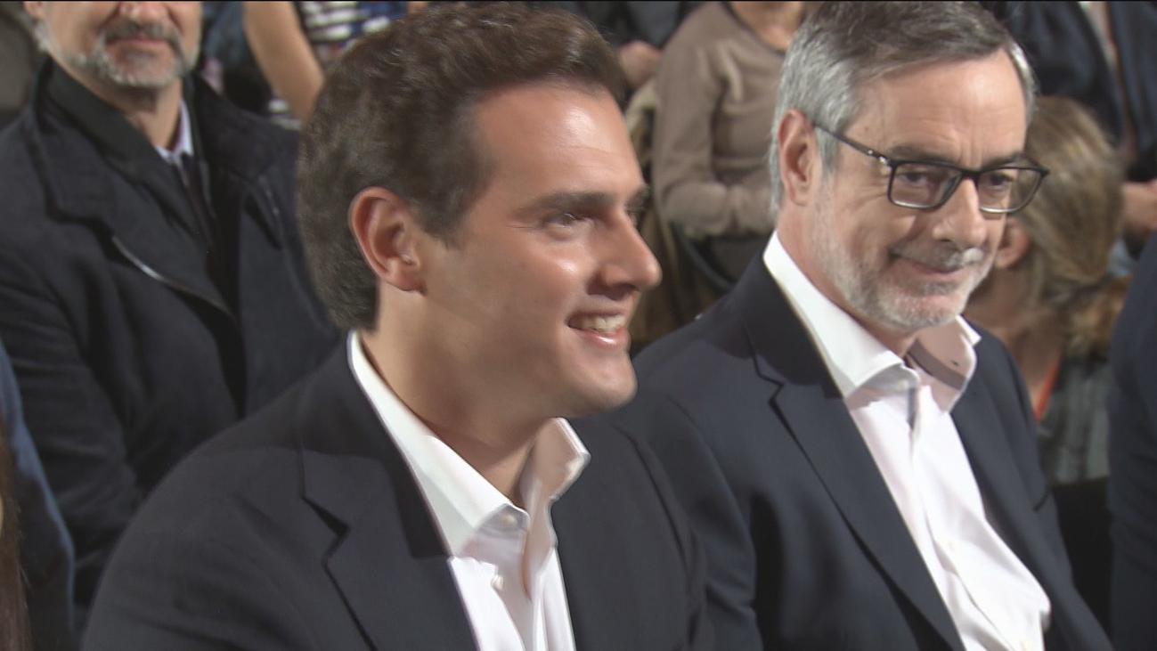 """Rivera promete unir España y """"frenar en seco"""" a los separatistas si gobierna"""