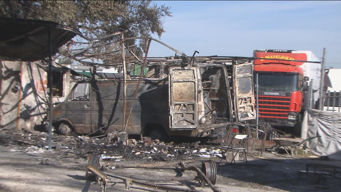Sus ahorros, quemados en el incendio de Navalcarnero