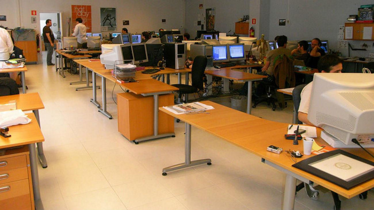 Unas 234.000 personas faltan a trabajar cada día sin justificación