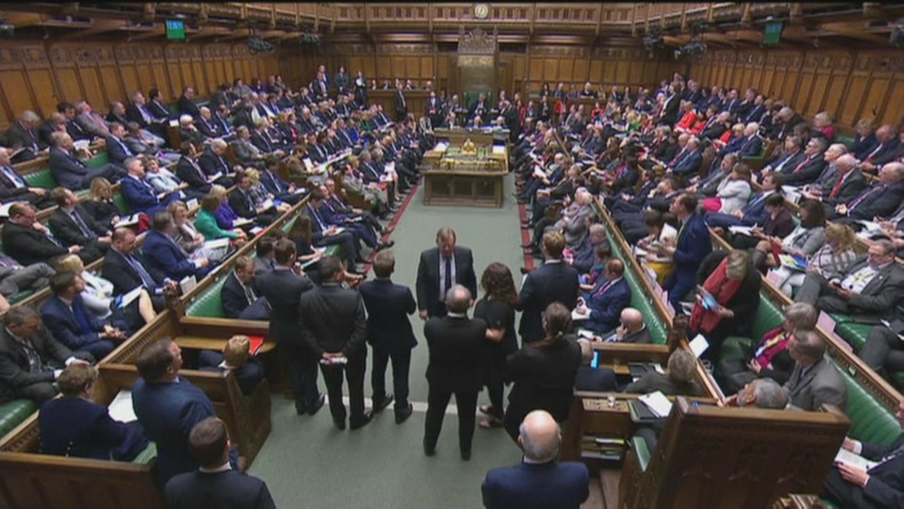 El Reino Unido descarta la salida abrupta de la UE por tan sOlo 4 votos