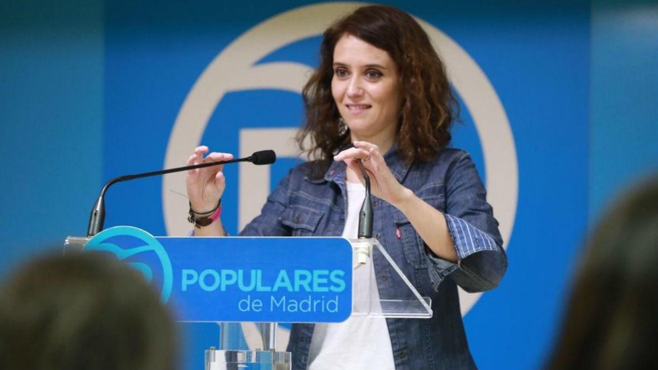 """El PP defiende que Ayuso use el coche del grupo en la Asamblea: """"Es moral y legal"""""""