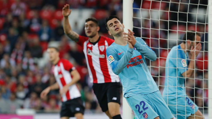 2-0. El Atlético, en depresión, cae con el Athletic