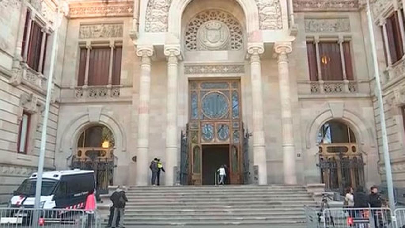 El abogado de la víctima pide prisión para 'la manada de Sabadell'