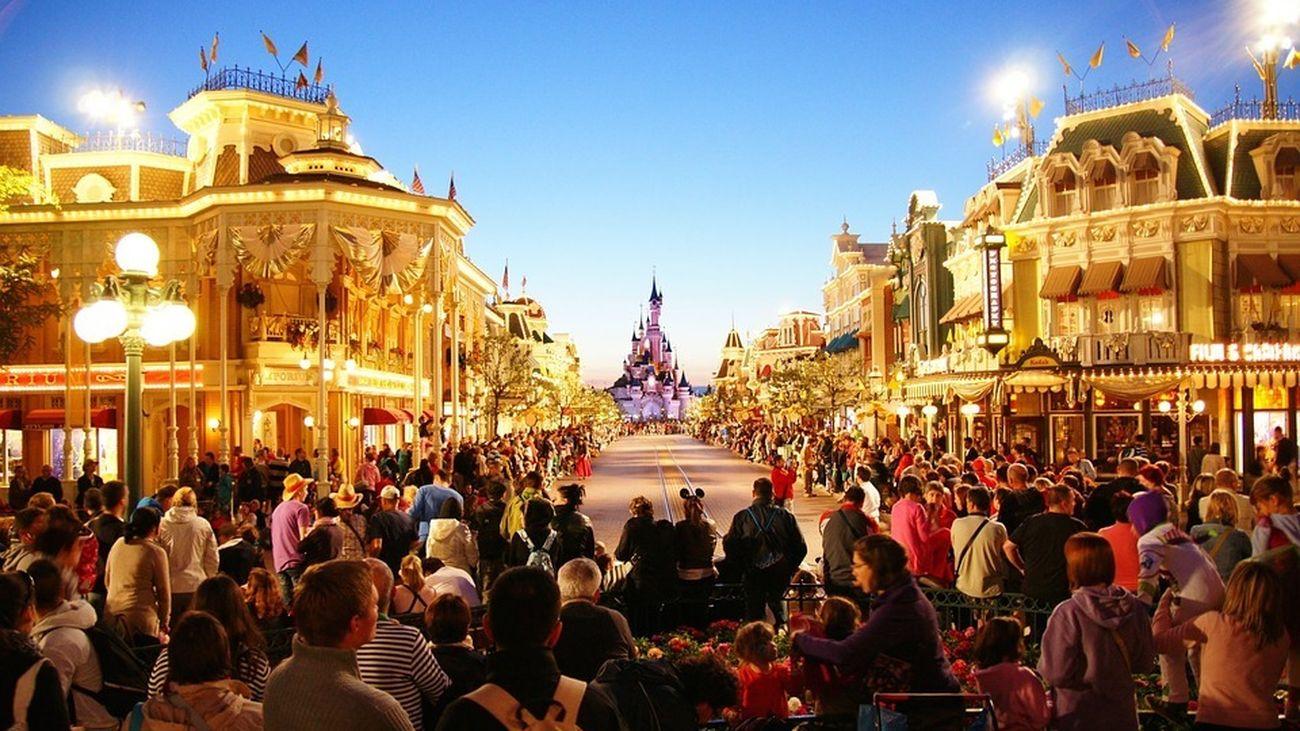 Disneyland Paris vuelve a abrir con nuevas atracciones