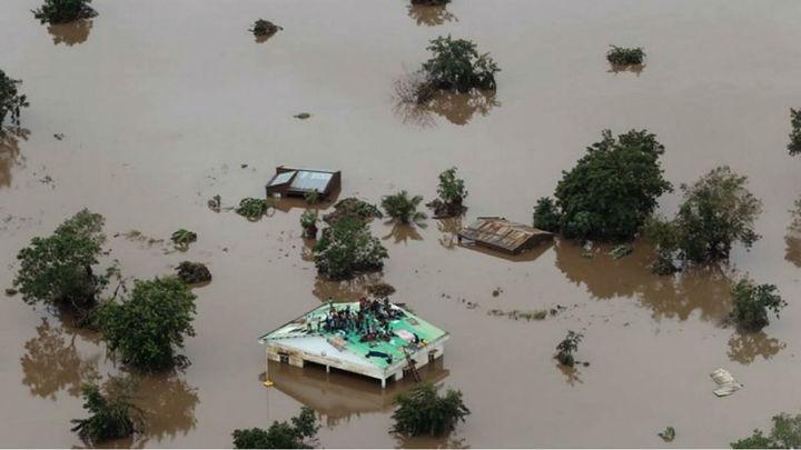 Las víctimas del ciclón Idai en África podrían superar el millar