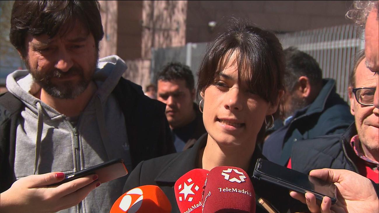 Isabel Serra, partidaria de la precontratación de 2 horas para usar un VTC