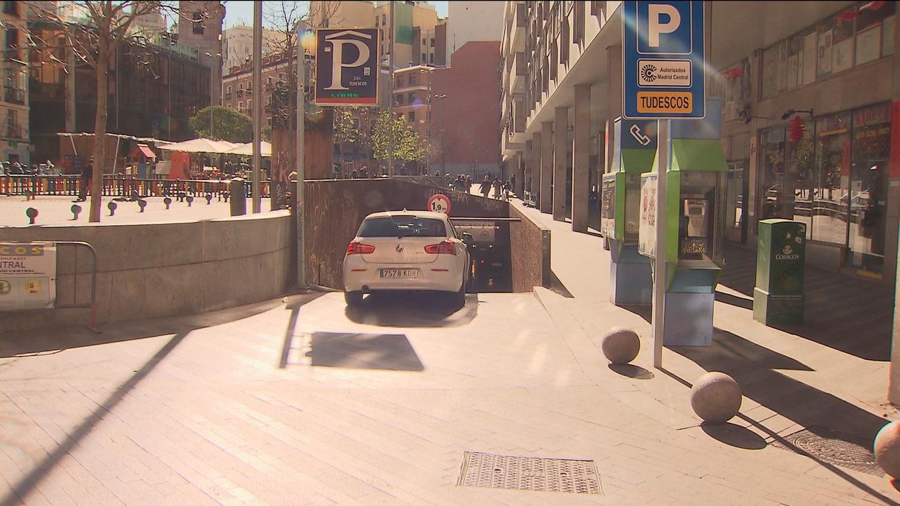 Madrid Central no tendrá paneles de ocupación de parking hasta agosto