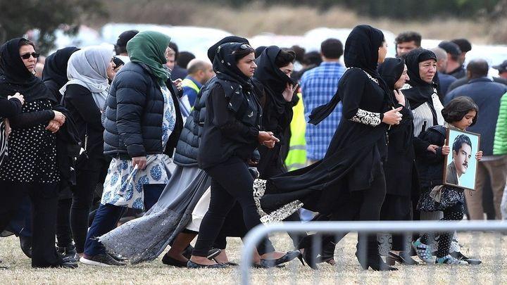 Nueva Zelanda prohíbe las armas semiautomáticas tras el ataque terrorista