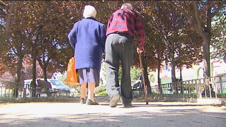 Móstoles insta a la Comunidad a vigilar una residencia tras un brote gastroenteritis