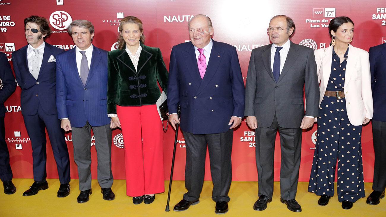 El rey Juan Carlos asiste a lapresentación de los carteles de la Feria de San Isidro
