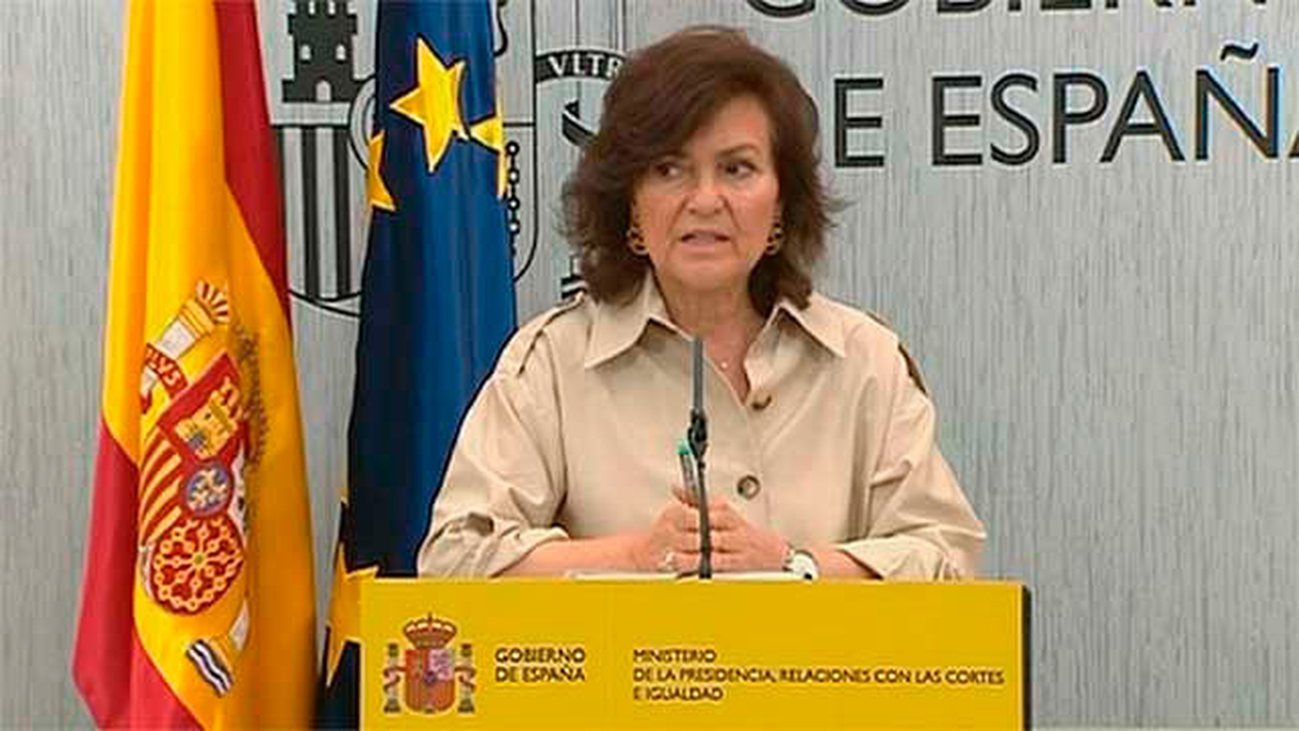 La Junta Electoral apercibe a Calvo por los tuits de Presidencia