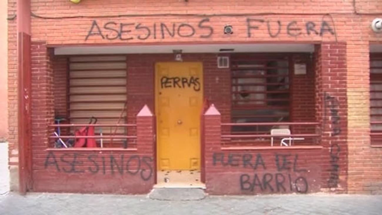 Llamada a la calma en Vallecas a la espera de la detención del presunto homicida de Paco