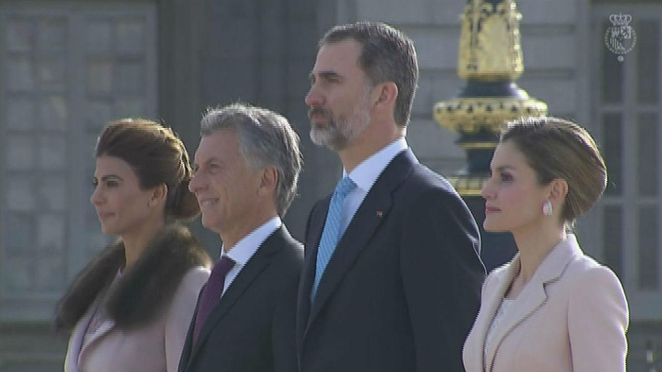 Los reyes viajan a Buenos Aires en su primera visita de Estado a Argentina