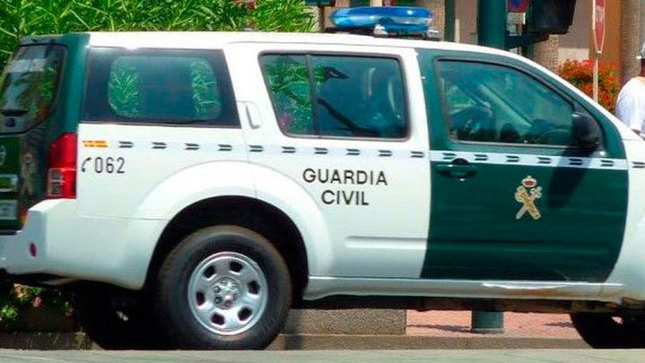 La Guardia Civil detiene a 51 integrantes de una banda dedicada al tráfico de hachís