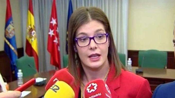 La alcaldesa de Móstoles defiende la contratación de su hermana