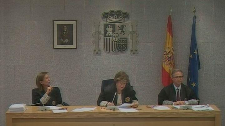 Guindos niega que él convenciese al FMI de no alertar sobre los problemas de Bankia