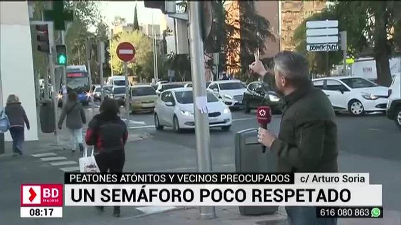Peligro en Arturo Soria: los coches se saltan un semáforo