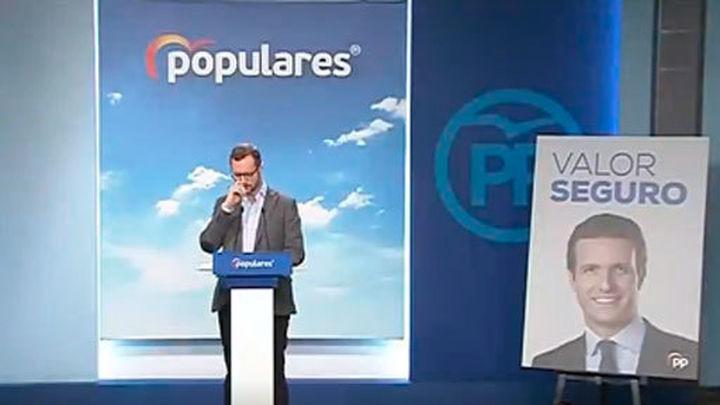 El PP lanza 'valor seguro' con Casado sonriente como lema de campaña para las generales