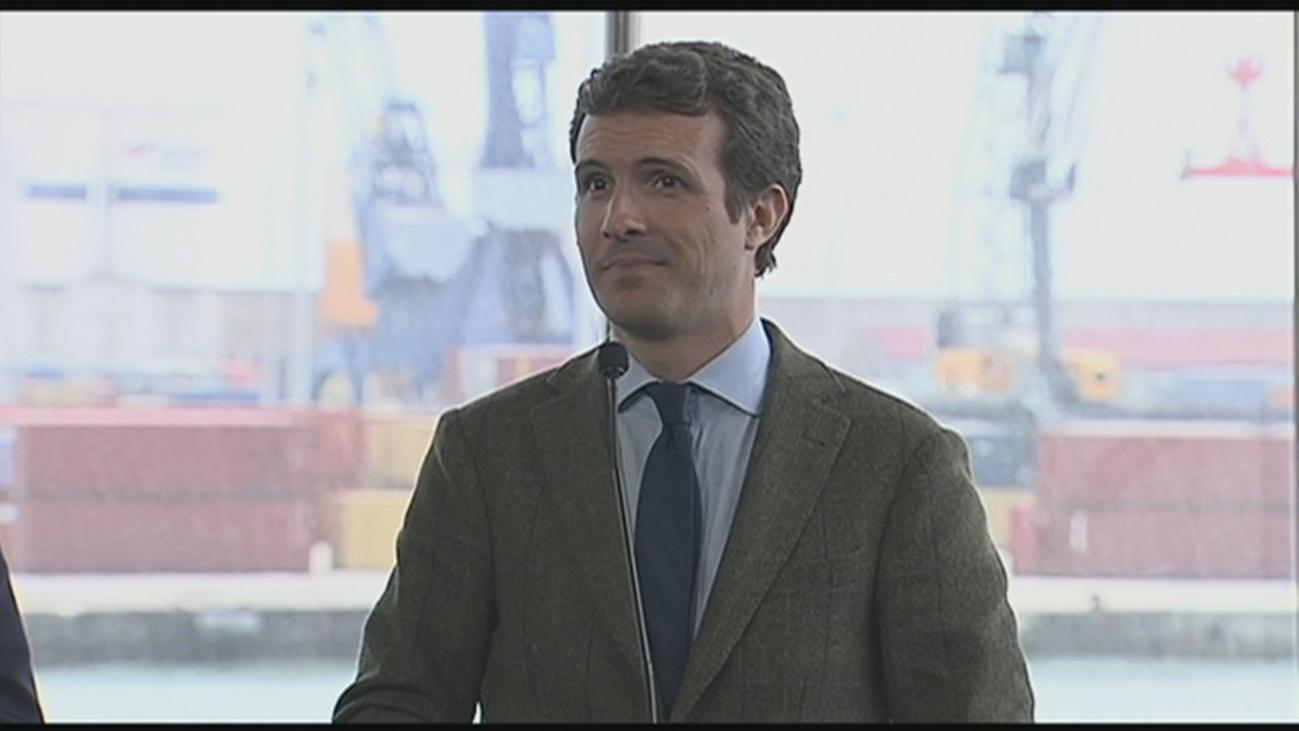 """Casado responde: Rivera """"sería un excelente ministro de Asuntos Exteriores"""""""