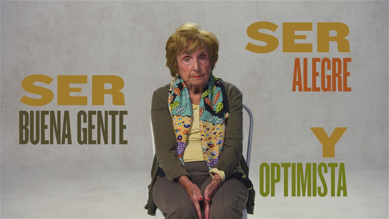 """""""El secreto para vivir tantos años es ser alegre y optimista"""""""