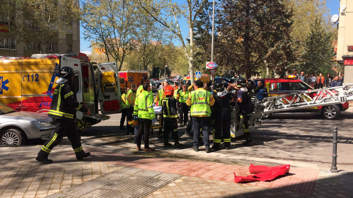 Rescatan en Madrid a una anciana con quemaduras muy graves al arder su colchón