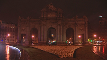 Madrid apaga sus monumentos en 'la Hora del Planeta'