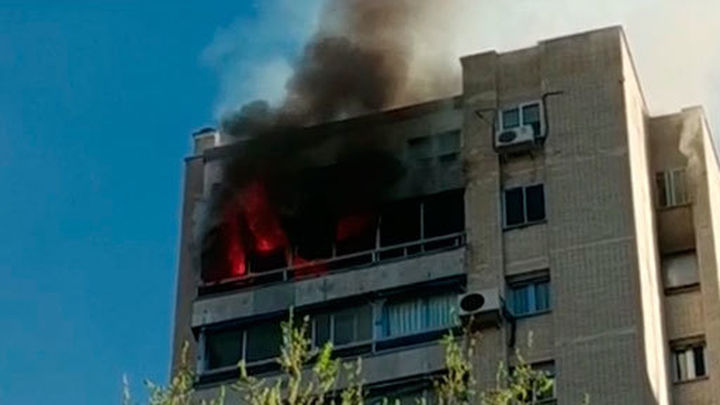 Los vecinos relatan cómo han vivido el incendio de Ciudad de los Periodistas