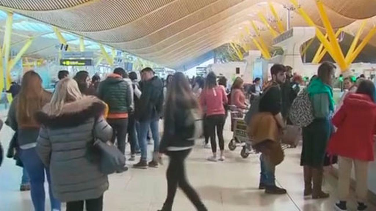 Preocupación en los pasajeros por la proliferación de huelgas en Semana Santa en el sector aéreo