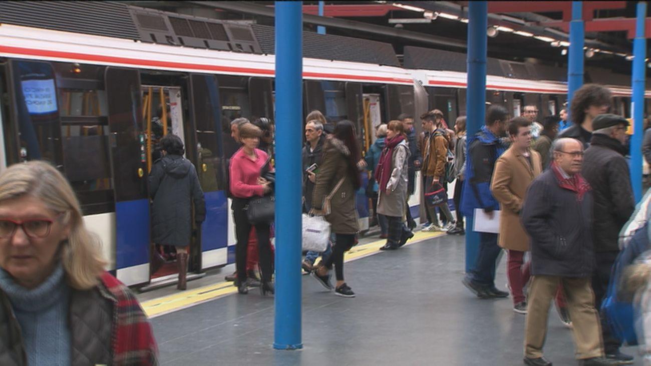 Circulación lenta en la línea 6 de Metro por un avería