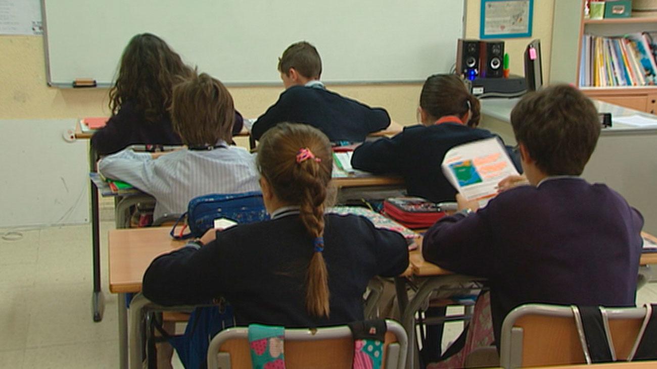 Los alumnos de Madrid pueden ser expulsados del colegio si no denuncian el acoso escolar