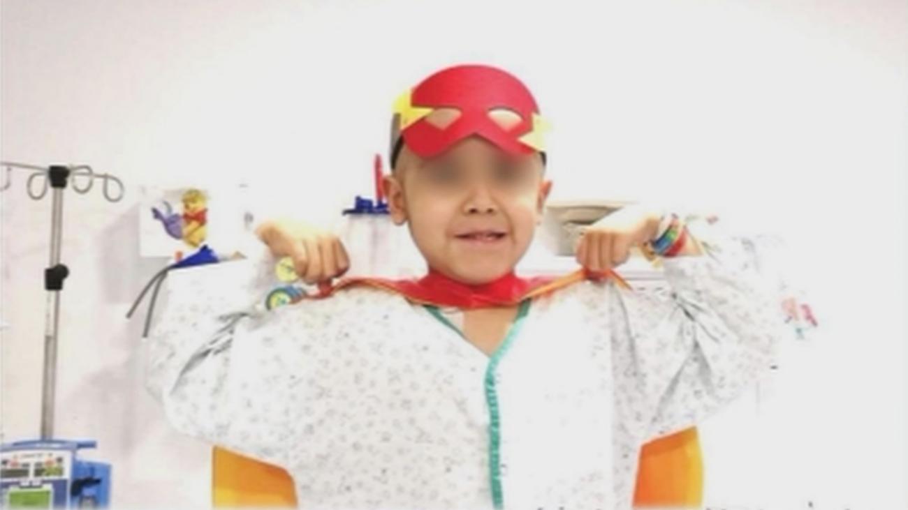 Nico, un niño de 6 años, necesita donante de médula urgentemente