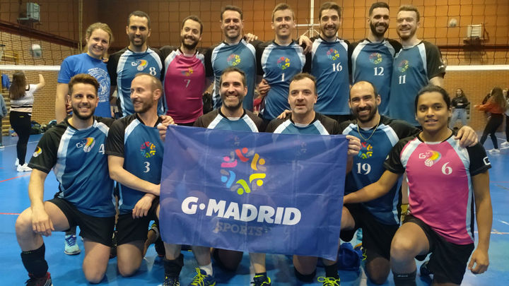 Un equipo de voleibol LGTBI, líder de la liga autonómica madrileña