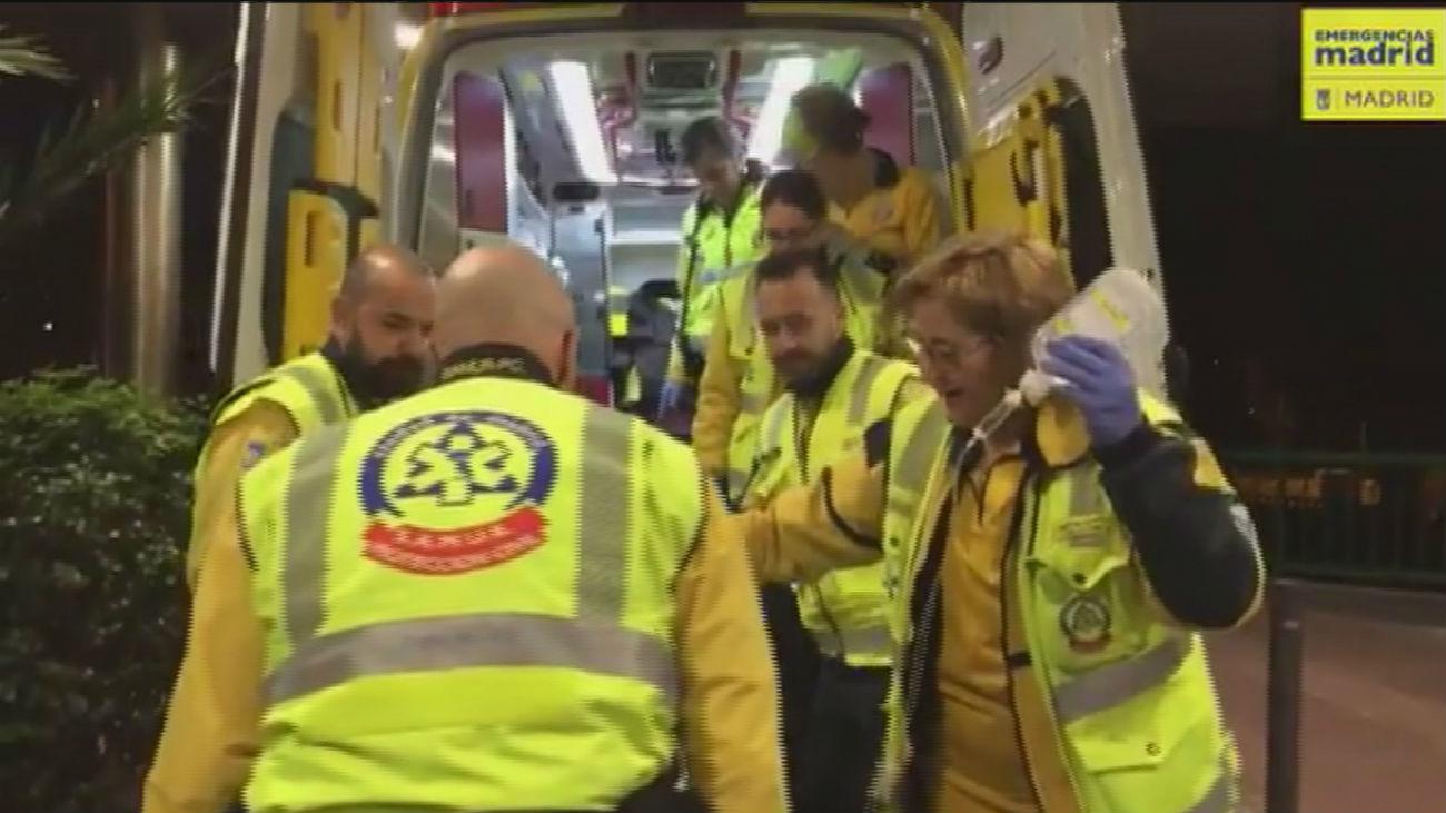 Una mujer de 30 años da a luz a una niña en la ambulancia del Samur camino del hospital