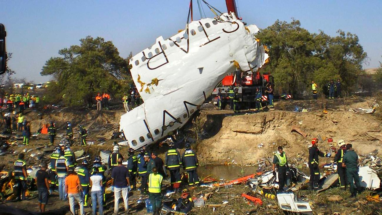 2008. El accidente de Spanair, el más grave en la historia de Barajas