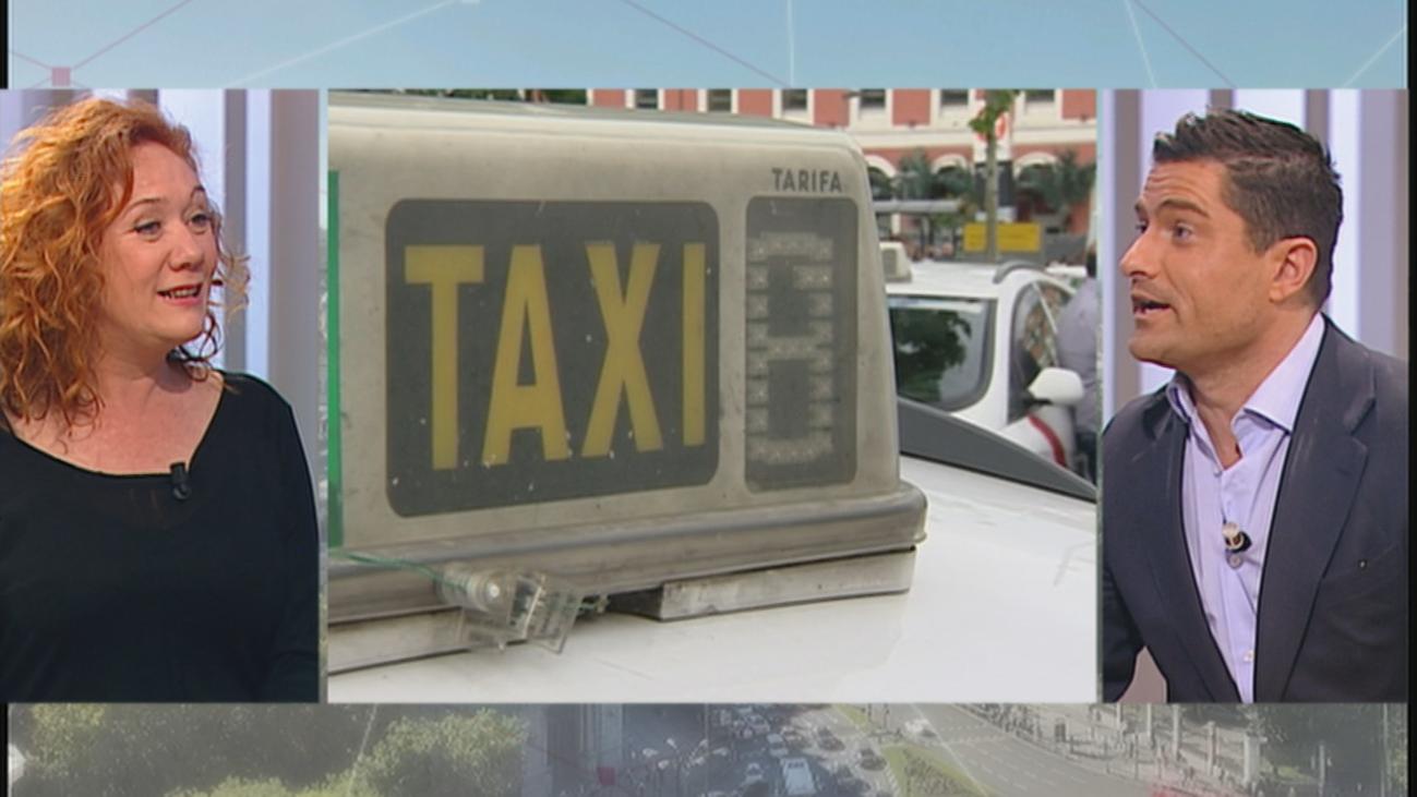 ¿Deben los taxistas llevar uniforme?