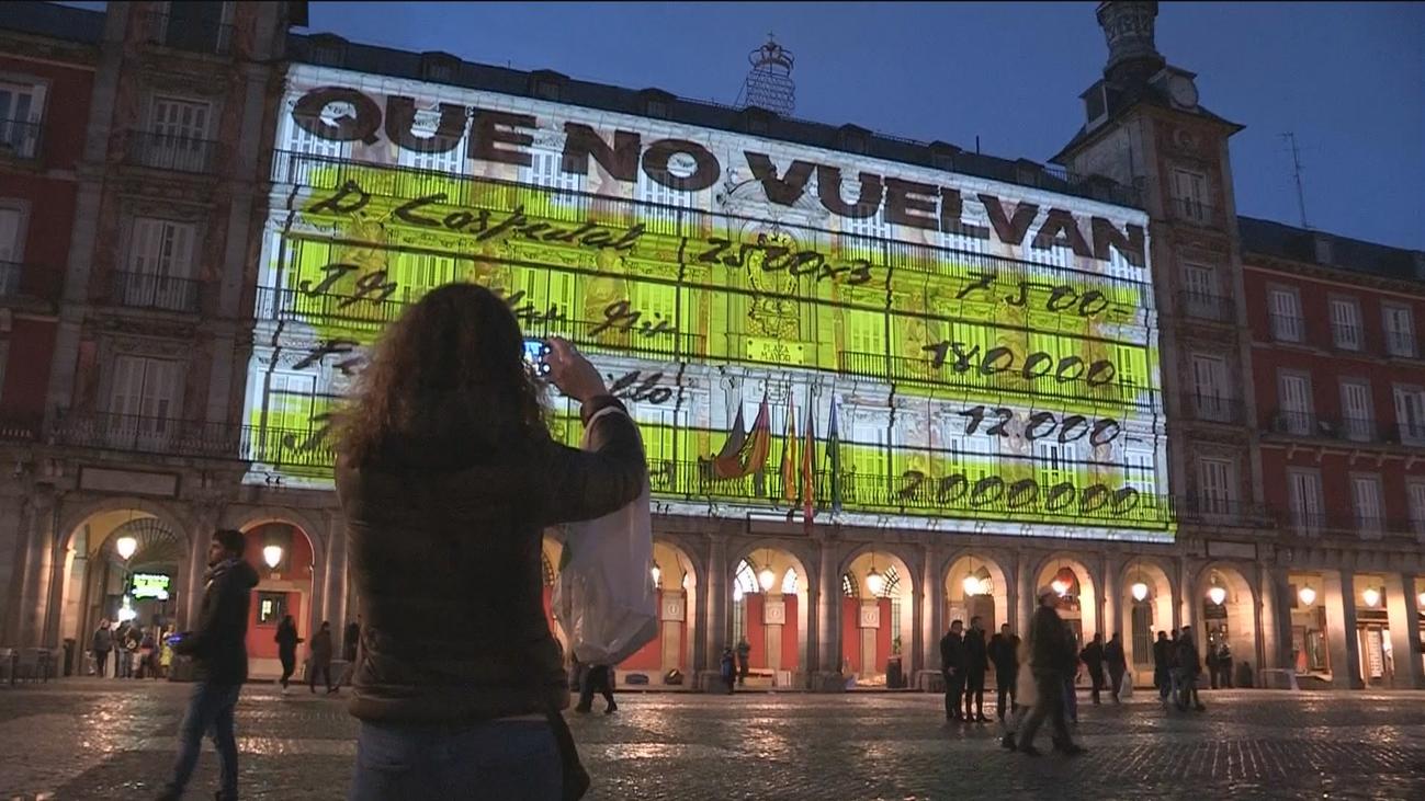 Carmena recurre la sanción por el vídeo de la Plaza Mayor