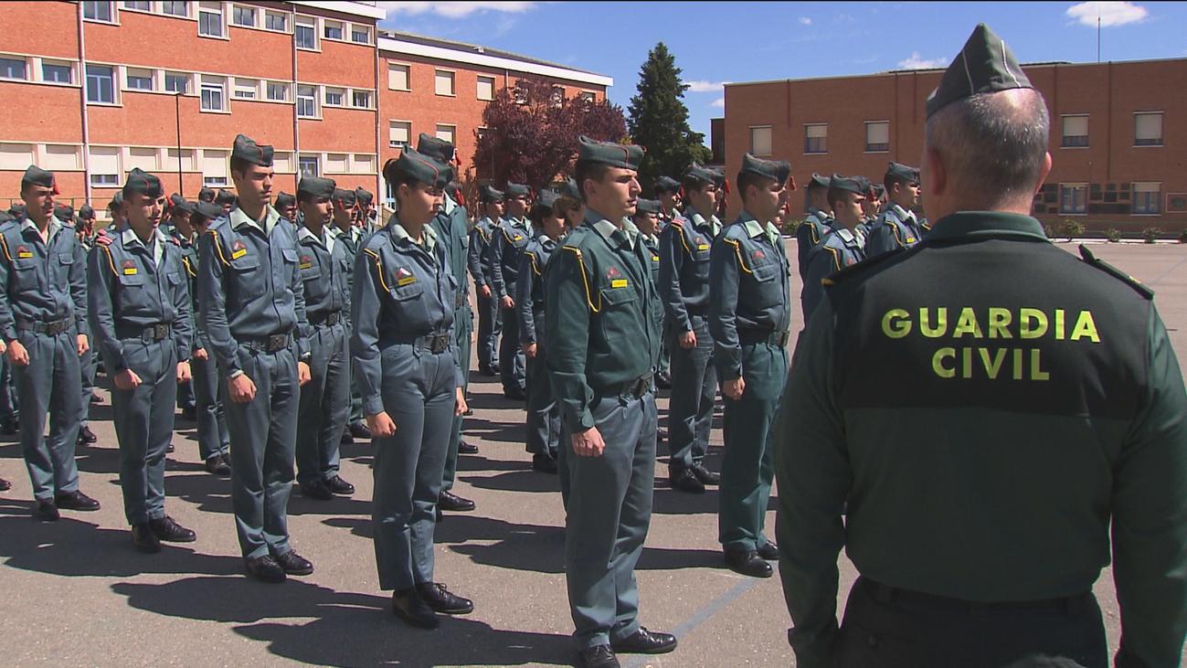 Cientos de alumnos dan prácticas de fin de la ESO con la Guardia Civil