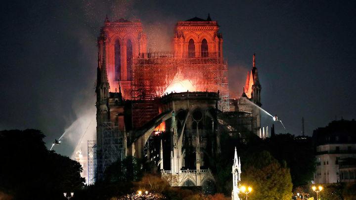 Incendio en Notre Dame, las imágenes del desastre