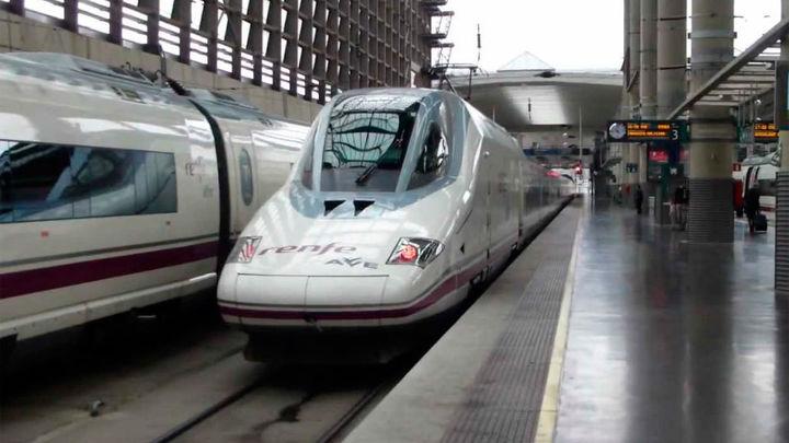 Renfe cancela 46 trenes este miércoles por huelga en Adif aunque garantiza el 95% de la circulación