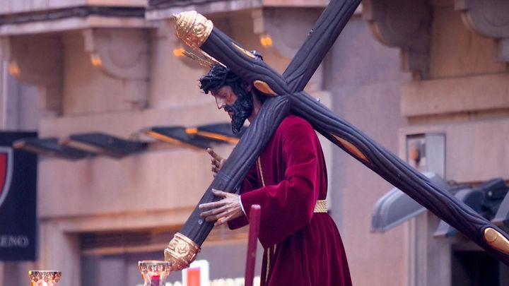 ¿Retrasarías los días festivos de la Semana Santa a finales de abril?