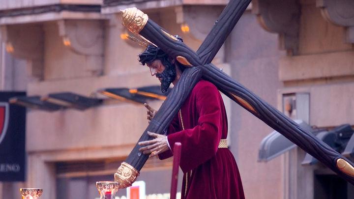 Retrasar la Semana Santa tres semanas podría reducir hasta 200 muertes diarias, según un estudio de la Politécnica
