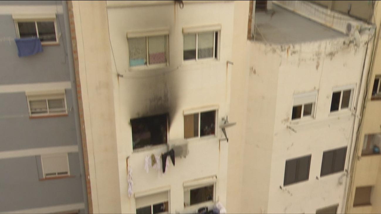 Mueren una mujer y sus dos hijos en un incendio en Hospitalet